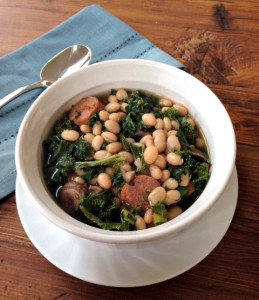 White Bean, Kale & Chicken Sausage Soup #GlutenFree
