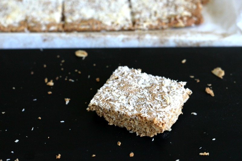 Crunch Coconut Chia Cashew Energy Bars
