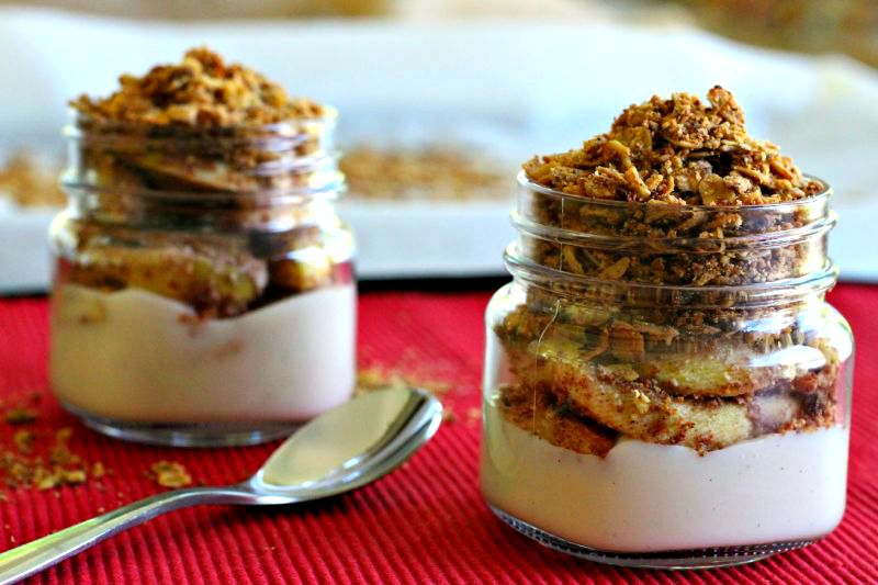 Foodie Friday: Apple Crisp Protein Parfait {Vegan, Gluten Free}