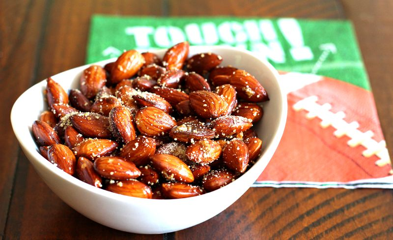 Honey and Sea Salt Roasted Almonds Recipe {Meatless Monday, Nektar Naturals, Gluten Free, Healthy Snack, Football Snack, Honey Crystals}