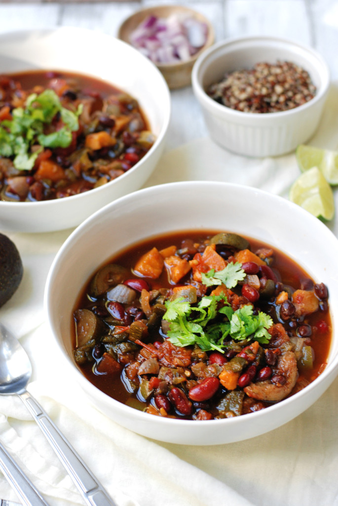 Sweet Potato Black Bean Chili via @pixelsprout