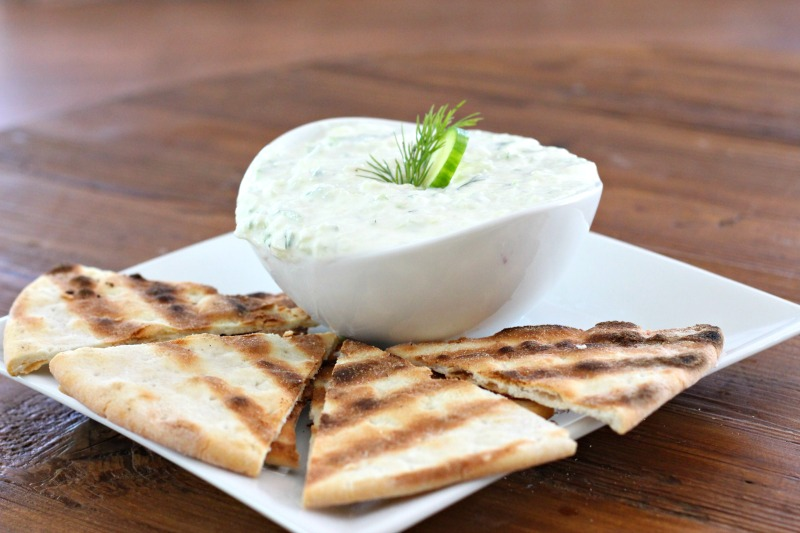 Dairy Free Cucumber & Dill Tzatziki Sauce with Grilled Gluten Free Pita Bread! Perfect dip for a summer party or even to top burgers and meatballs with!
