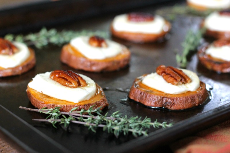 Toasted Goat Cheese & Pecan Sweet Potato Dessert Bites - the perfect gluten free appetizer for fall!