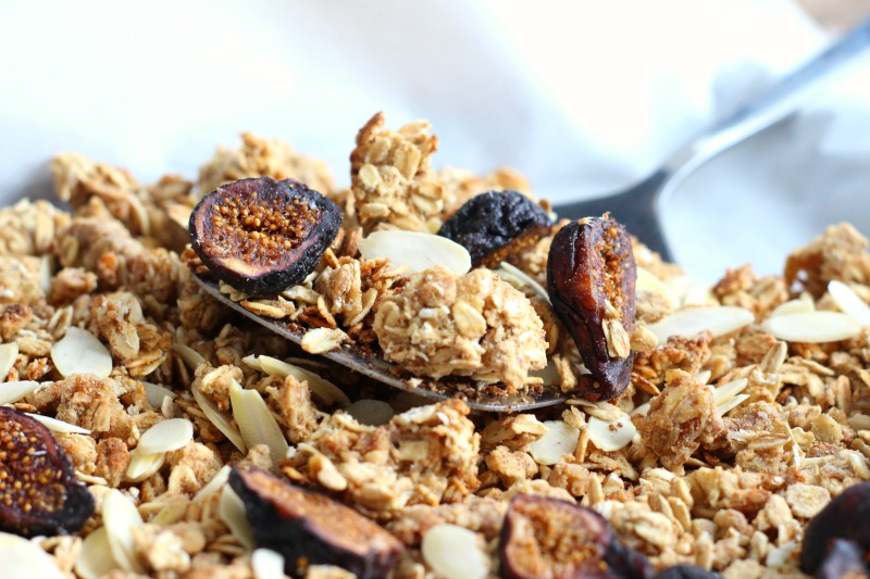 spiced-fig-granola-4