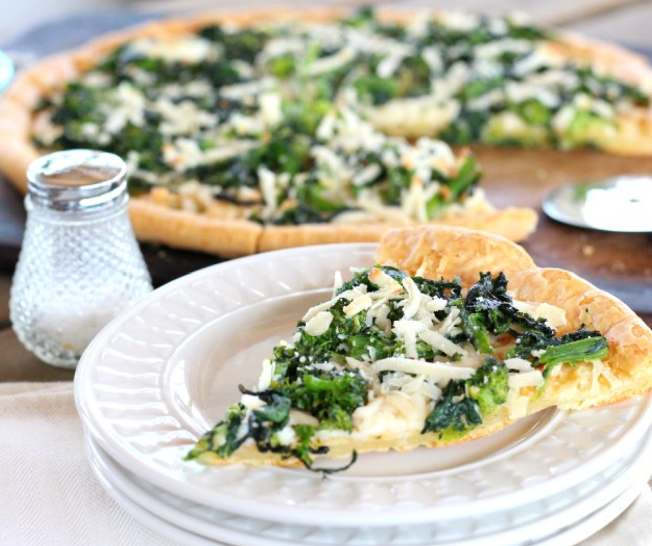 Deliciously Simple Garlic Rapini Pizza {Gluten Free, Dairy Free}