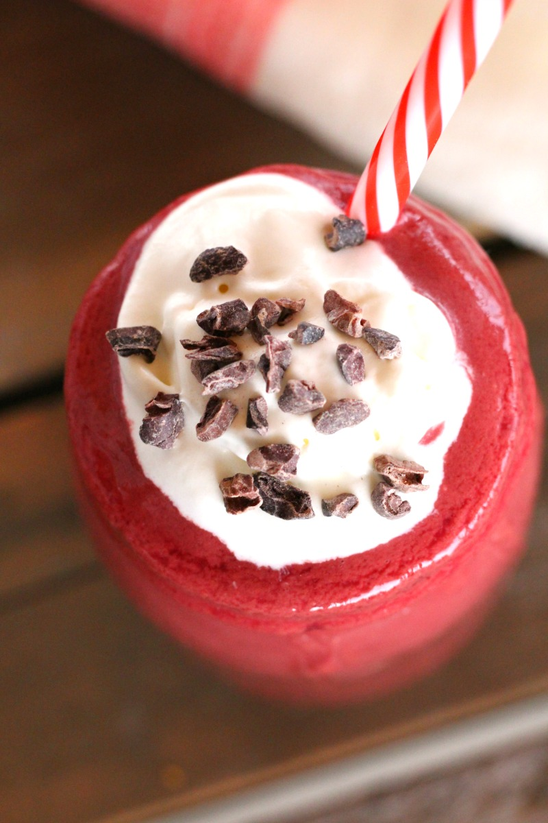 The Yummiest Vegan Red Velvet Smoothie You'll Ever Make